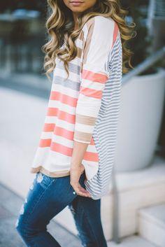Stitch fix fall 2017 Adorable striped length sleeve Henley. Stitch fix fashion trends. Stitch fix fall Look Fashion, Autumn Fashion, Womens Fashion, Fashion Trends, Spring Fashion, Petite Fashion, Trendy Fashion, 70s Fashion, Curvy Fashion