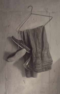 Aldo Bahamonde, Percha y ropa - (conté-papel) - (60x100) - 1988