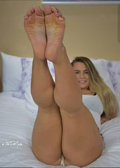 Teen sweet adri feet