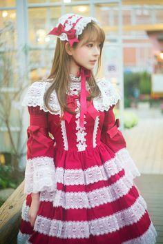 루리웹에서 건담녀로 유명한 유리사라면 그녀의 모델명도 유리사다 (참고로 본명은 박선혜) (출처 : weibo)