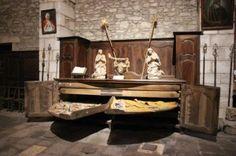 round sacristy press Vestment press, Saint-Pons-de-Thomières Cathedral, France