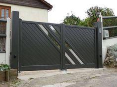 Iron Main Gate Design, Front Gate Design, Door Gate Design, House Gate Design, Garage Door Design, Main Door Design, Fence Wall Design, Steel Gate Design, Gate Designs Modern