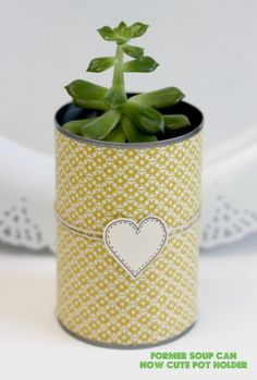 creative packaging using recycled materials and craft scraps.This is a good way to bring a plant to a hospital or Nursing home since glass can be a problem Fun Crafts, Crafts For Kids, Arts And Crafts, Homemade Gifts, Diy Gifts, Nursing Home Gifts, Diy Recycle, Recycle Cans, Recycling
