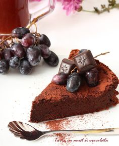 Tarta cu must si ciocolata - imi place la nebunie! Combinatia de must si ciocolata trebuie incercata macar o data ...
