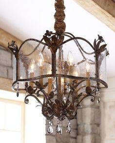 Reproduction de lanterne ancienne, sur demande... www.i-lustres.com