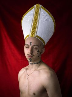 Real professional rap superstar Tommy Cash, the jewel of Estonia, a holy Soviet shroom, an Eastern hybrid, has come into. Young Pope, Hype Wallpaper, Grunge Art, Personal Image, Rick Ross, Love Pictures, Character Inspiration, Superstar, Fangirl