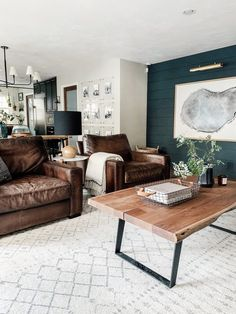 48 Comfy Masculine Living Room Design Ideas - 2020 Home design Mid Century Modern Living Room, Living Room Modern, Living Room Designs, Small Living, Living Room Decor Trends 2019, Living Room Remodel, Apartment Living, Bedroom Apartment, Masculine Living Rooms