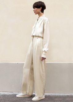 #newarrivals #ivory #silky #pants #pj #pajama #set #thefrankieshop #frankiegirl #frankienyc Ivory Silky Wide Leg Pants – The Frankie Shop