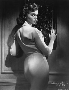 American actress Janet Blair strikes a bold pose on this 1959 Columbia Pictures promo for City of Fear, an atomic era thriller about an escaped convict in possession of what he thinks is a canister of heroin but which is really radioactive cobalt-60. Blair appeared in a few films but her career was  mostly on television, including recurring roles on The Rifleman and Yancy Derringer. Source:pulpinternational.com via Mudwerks
