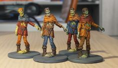 Vier Zombies. Alle in denselben Farben...