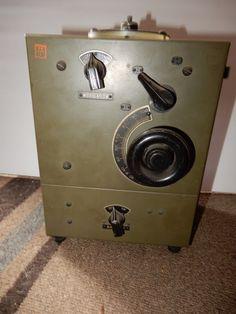 SIGNAL CORPS BC-655-A RADIO TRANSMITTER