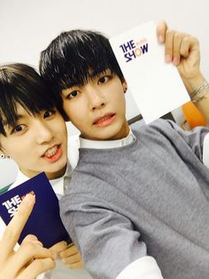 VKook/Taekook/ V / Kim Taehyung and Jeon Jungkook Bts Taehyung, Jimin Jungkook, Bts Bangtan Boy, Bts Boys, Jung Kook, Taekook, Btob, Vixx, 2ne1