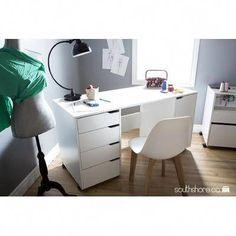 47 Ideas sewing machine storage shelves craft tables for 2019 Sewing Craft Table, Sewing Desk, Sewing Room Storage, Craft Desk, Sewing Crafts, Craft Tables, Sewing Tips, Craft Rooms, Sewing Projects