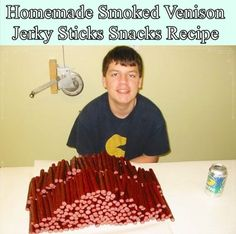 Homemade Smoked Venison Jerky Sticks Snacks Recipe – Homesteading – The Homeste… – Comida: mesas vegetarianas