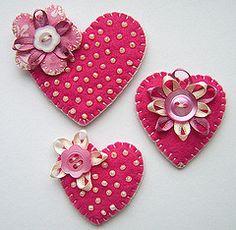 three heart brooches | Flickr: partage de photos!