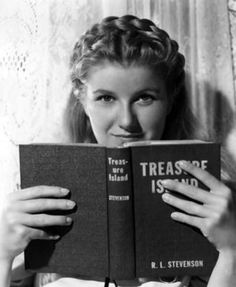 """Very young Barbara Bel Geddes reading on the set of """"I Remember Mama"""" R L Stevenson, Barbara Bel Geddes, Glynis Johns, Ethel Waters, Celebrities Reading, Hattie Mcdaniel, Literary Characters, Turner Classic Movies, Star Show"""
