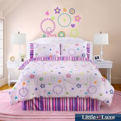 Decorate your little girl's room in this fun full size glow-in-the-dark comforter set. This comforter set is decorated in stars with glow-in-the-dark accents made from natural minerals. The comforter and shams are made of 100-percent cotton.