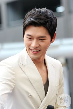 Hyun Bin Korean K Pop, Korean Star, Korean Men, Korean Drama, Hyun Bin, Lee Min Ho, Asian Actors, Korean Actors, Korean Celebrities
