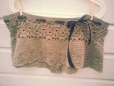 Ravelry: queen Anne's lacy shorts pattern by Gabriëla Clementine
