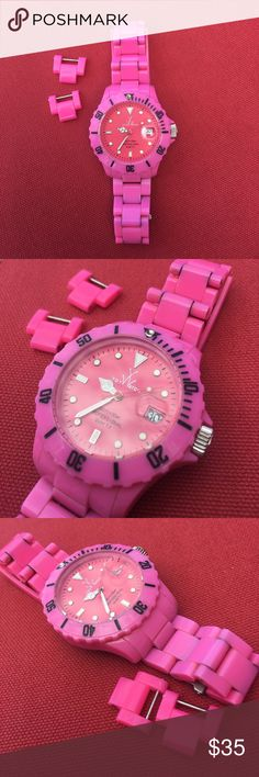 Hot pink ToyWatch toy watch I'm selling it cheap because it needs a battery and it's faded. I didn't realize it faded until I found the extra links. ToyWatch Accessories Watches
