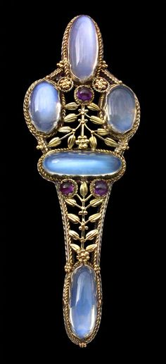 EDWARD SPENCER 1872-1938  Impressive Artificers' Guild Arts & Crafts Brooch   Gold Silver Moonstone Amethyst  British, c.1910