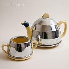 Vintage 1950s Lemon Yellow China Tea Pot & Sugar Bowl - Chrome Insulating Cover
