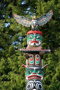 A vivid, beautiful totem pole in Stanley Park, Vancouver, British Columbia. #Canada #Canadian #First_Nations
