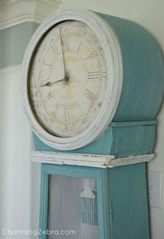 swedish inspired clock by the Charming Zebra blog