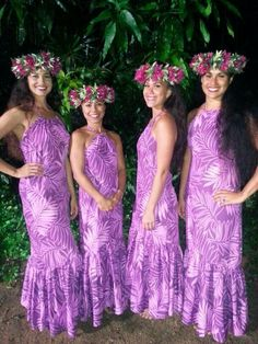 Hawaiian dresses More Hawaiian Party Outfit, Hawaiian Dresses, Samoan Dress, Tahitian Costumes, Hawaian Party, Island Wear, Tropical Outfit, Island Girl