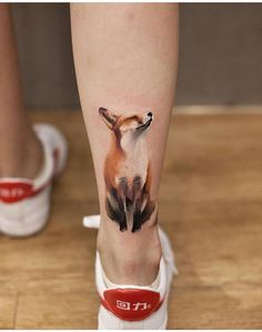 Cute fox ankle tattoo by Chenjie, an artist at New Tattoo Studio in Beijing, China. Dog Tattoos, Animal Tattoos, Body Art Tattoos, Sleeve Tattoos, Deer Tattoo, Raven Tattoo, Tattoo Cat, Tree Tattoos, No Outline Tattoo