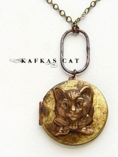 Vintage Bronze Tone Locket Picture Pendant Necklace Cat Included Free Brass Chain Gifts Personalized