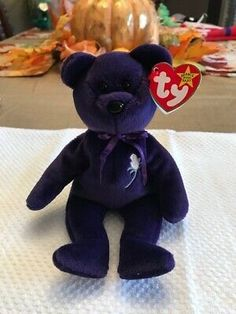 Find many great new & used options and get the best deals for PRINCESS DIANA TY BEANIE BABY 1997 MINT CONDITION NEW RARE RETIRED ERRORS at the best online prices at eBay! Free shipping for many products! Princess Diana Bear, Princess Diana Beanie Baby, Baby Princess, Beanie Baby Prices, Erin Green, Ty Beanie, Conditioner