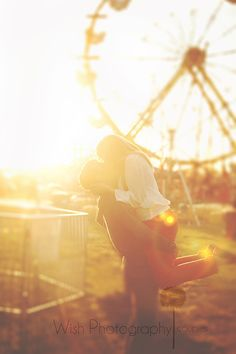 Wish Photography: {Utah Engagement Photographer} At the Fair, going on ferris wheels and rides together conquering fear and living to the full :)