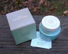1961-71 Avon vintage Rich Moisture Crème visage avec boîte & papier Insert…