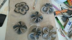ceramic flowers made by me Ceramic Flowers, Flower Making, My Arts, Ceramics, Ceramica, Ceramic Art, Clay Crafts, Make Flowers, Pottery