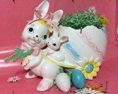 Adorable Vintage Easter Planter