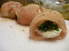 Mozzarella and Spinach Stuffed Chicken--your kitchen will smell wonderful!!