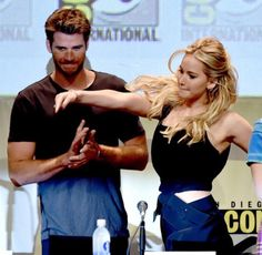 Jen being her silly self at #mockingjaySDCC