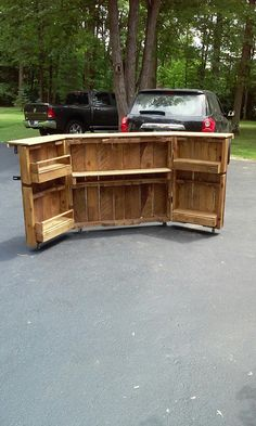 """Discover more relevant information on """"bar tables wedding"""". Have a look at our web site. Portable Bar Table, Portable Outdoor Bar, Bar Table Diy, Outdoor Bar Table, Diy Bar, Bar Tables, Tailgate Bar, Porch Bar, Home Bar Rooms"""