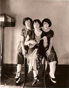 vintage ukulele ladies 1 : the Boswell Sisters
