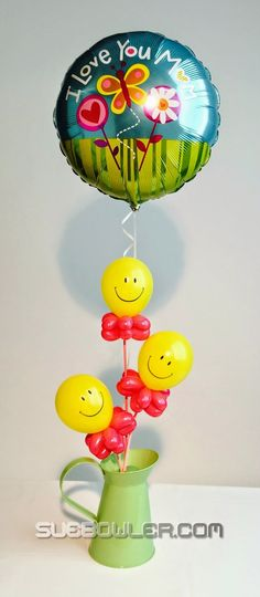 "Isn't that a cute way to say ""I love you Mom""? #BalloonDecorations #MothersDay"