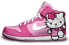 Hello Kitty & Nike. Perfect partnership. Uncle Tan, can you please locate this shoes for your favorite Niece Kira. LOL!