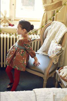 Girls flower patterned dress