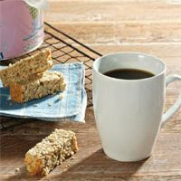 These rusks are a great snack to enjoy with your coffee Ingredients 44 g 1 cup ml) bran 720 g 6 cups x 250 ml) cake flour 360 g 2 cups ml) oats 24 g 2 tbsp ml) baking powder 142 g cup ml) sugar 3 g tsp … Healthy Breakfast Snacks, Healthy Sweet Treats, Healthy Dessert Recipes, Healthy Baking, Diabetic Recipes, Delicious Desserts, Snack Recipes, Cooking Recipes, Cooking 101