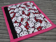 Seat Belt Cover Hello Kitty/Black on by Comfy Accessories