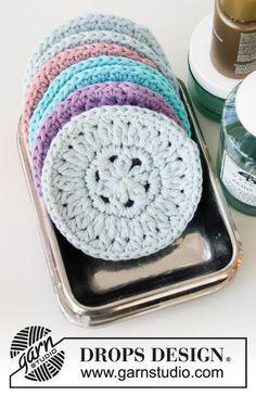 Beauty Pads pattern by DROPS design - Granny Square Scrubbies Crochet Pattern, Crotchet Patterns, Knitting Patterns, Scarf Patterns, Knitting Tutorials, Drops Design, Cotton Crochet, Knit Or Crochet, Hand Crochet