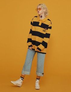 ((ou nao Woman Jackets and Blazers julia roberts pretty woman red jacket Set Fashion, Fashion Poses, Look Fashion, Korean Fashion, Fashion Outfits, Daily Fashion, High Fashion, Mode Outfits, Retro Outfits