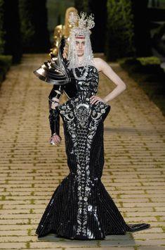 John Galliano for Christian Dior Fall Winter 2006 Haute Couture