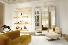 Chloé Boutique at Saint Honoré, Paris store design = LOVE THE MIRRORS