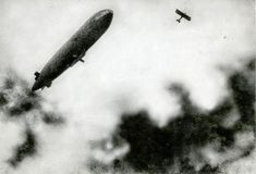 vintage everyday: Old Photos of Zeppelins and Hot Air Balloons in the 1910s-30s